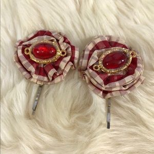 Super Cute Upcycled Vintage Hairpins